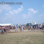 Bonnaroo-crowd-showerS