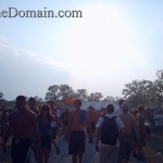 Bonnaroo-walking-vending